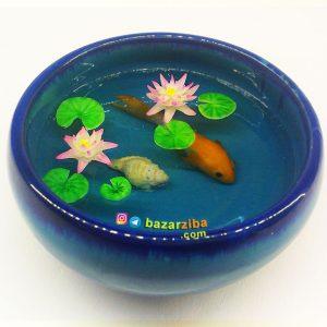ماهی سه بعدی رزینی با گلهای نیلوفر آبی